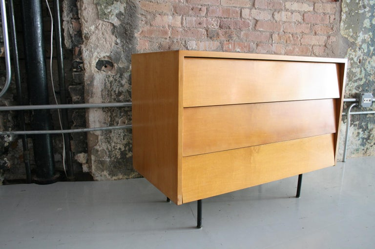 Original Maple Louvered Dresser by Florence Knoll for Knoll For Sale 2