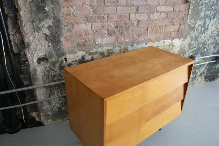 Original Maple Louvered Dresser by Florence Knoll for Knoll For Sale 5