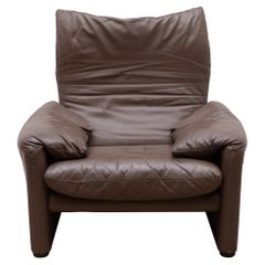 "Original ""Maralunga"" Lounge Chair for Cassina Designed by Vico Magistretti Italy"