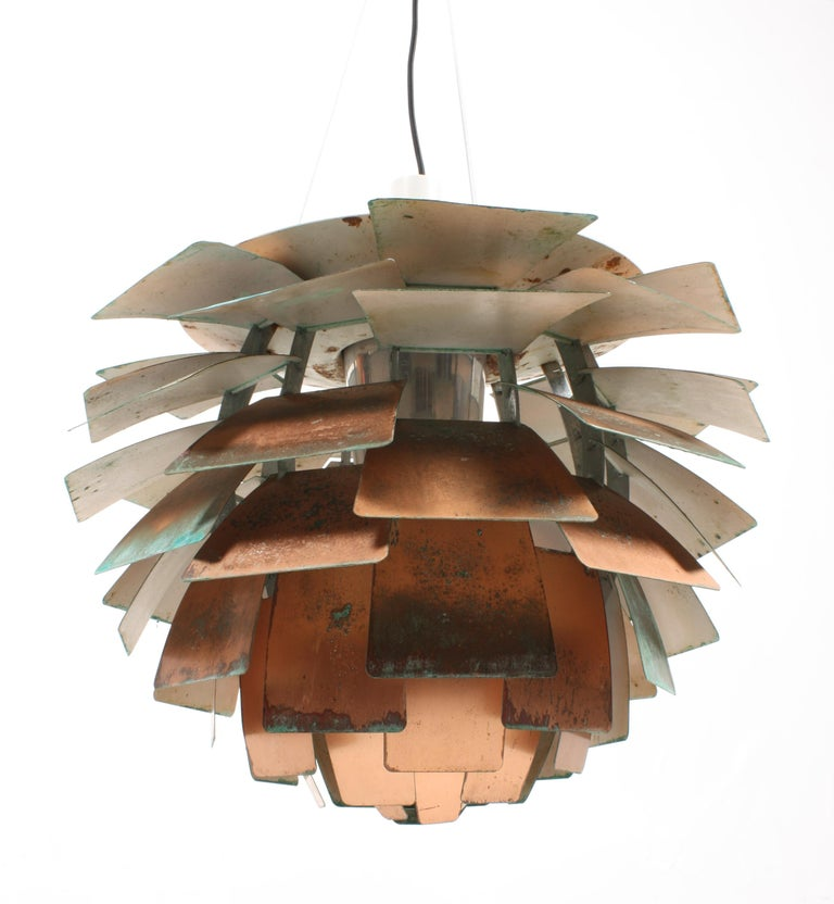 Original Midcentury Artichoke Pendant in Patinated Copper In Fair Condition For Sale In Lejre, DK