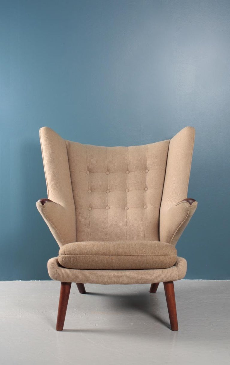 Original Midcentury Papa Bear Chair by Wegner, Danish Design, 1960s In Excellent Condition For Sale In Lejre, DK