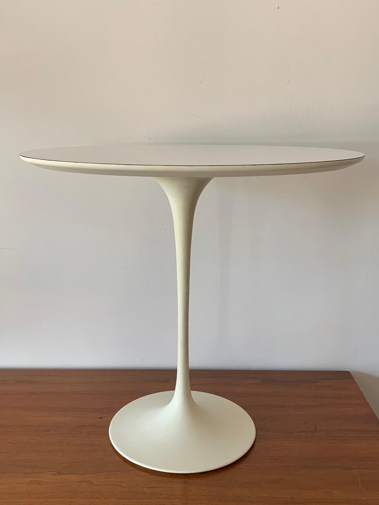 Original Midcentury Saarinen for Knoll Oval Tulip Pedestal Table For Sale 4