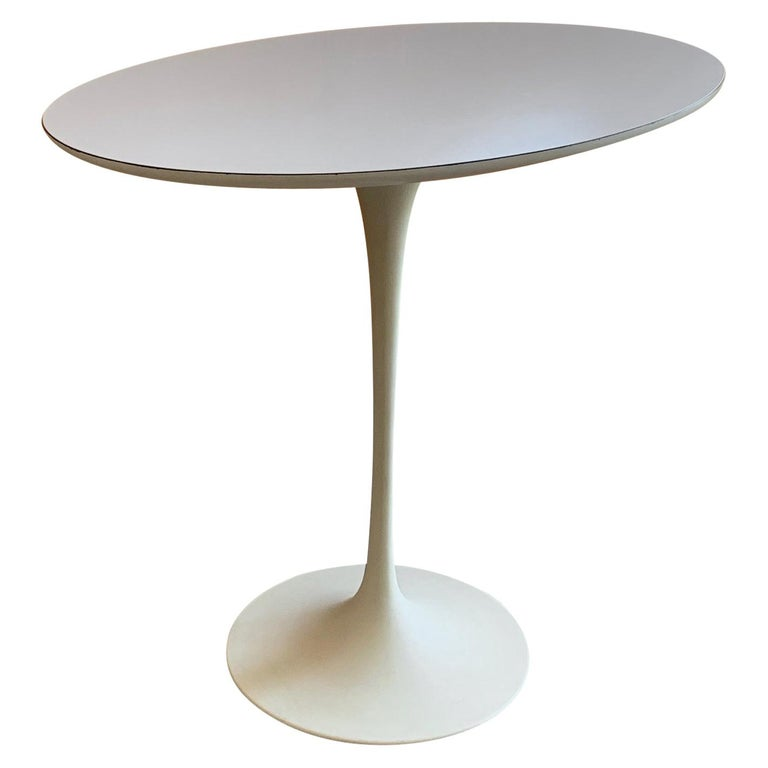 Original Midcentury Saarinen for Knoll Oval Tulip Pedestal Table For Sale