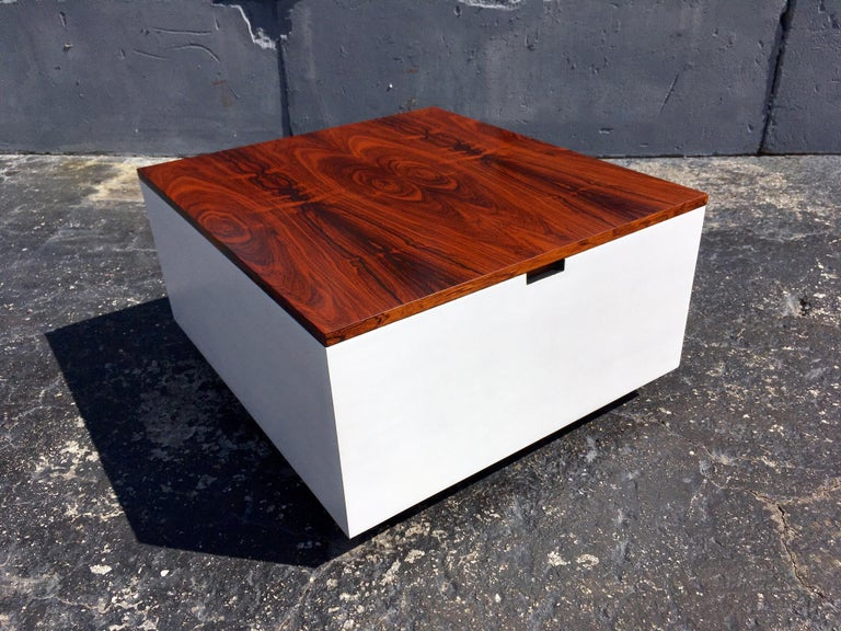 American Original Milo Baughman Coffee Table for Thayer Coggin, Rosewood, White For Sale