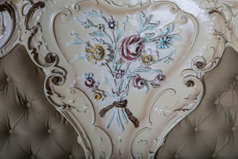 Original Old Venizian Bed Fully Carved with Flowers For Sale 7