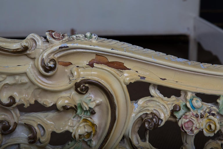 Original Old Venizian Bed Fully Carved with Flowers For Sale 14