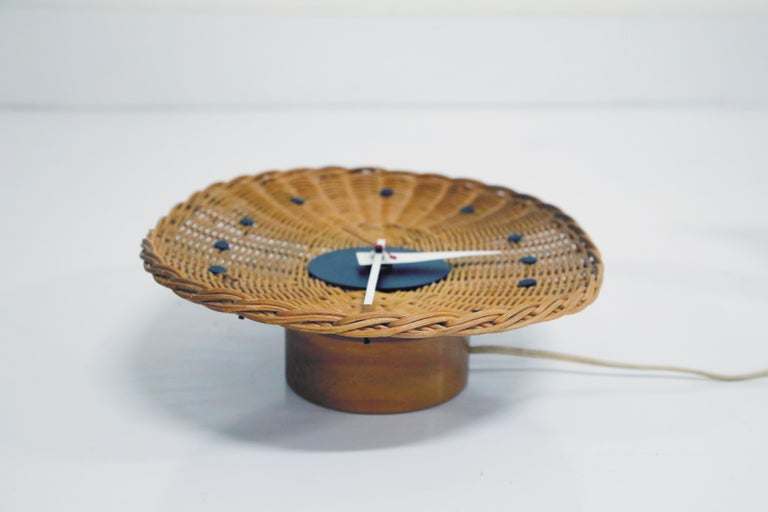 Original Oval Rattan 'Basket Clock' by George Nelson for Howard Miller, 1950s For Sale 6