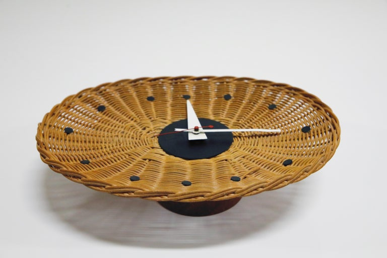 Original Oval Rattan 'Basket Clock' by George Nelson for Howard Miller, 1950s For Sale 11