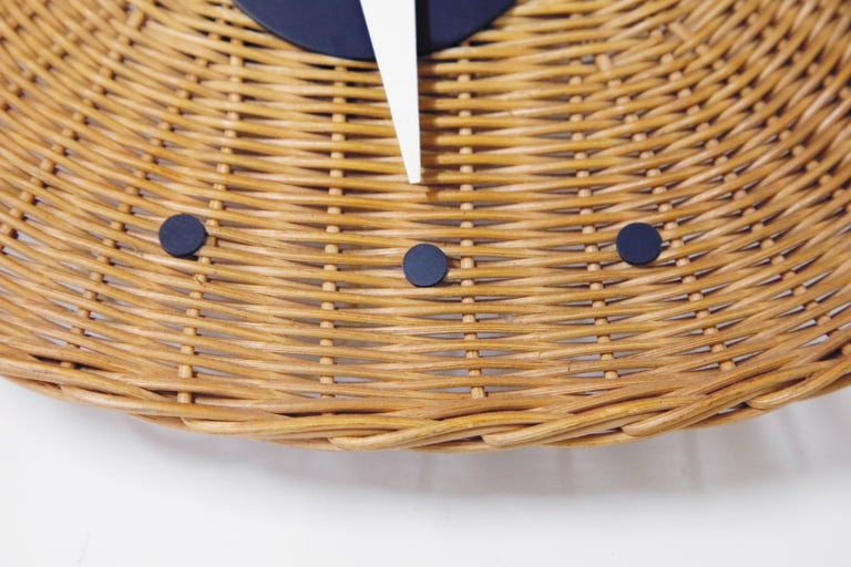 Original Oval Rattan 'Basket Clock' by George Nelson for Howard Miller, 1950s For Sale 3
