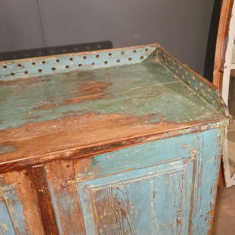 18th Century and Earlier Original Painted Swedish Gustavian Buffet For Sale