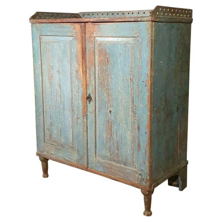 Original Painted Swedish Gustavian Buffet For Sale