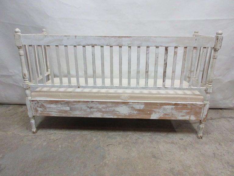 Original Painted Swedish Gustavian Sofa For Sale 1