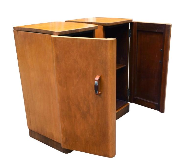 Original Pair of 1930s Art Deco Blonde Bedside Cabinets For Sale 4