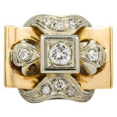 Original Retro 1940s 18 Karat Gold and Platinum Diamonds Ring