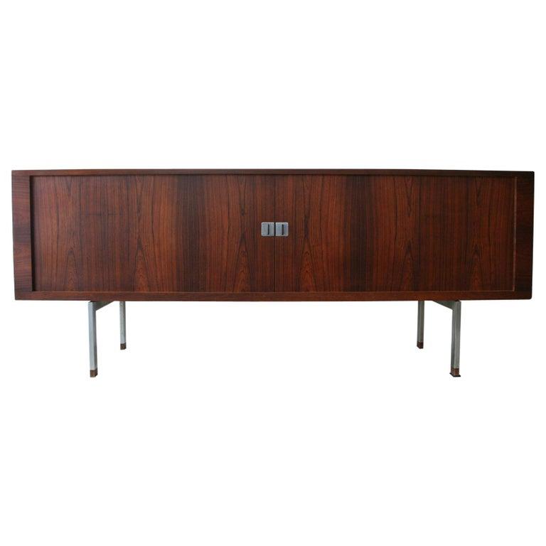 Original Rosewood President Credenza / Sideboard by Hans Wegner RY-25 For Sale