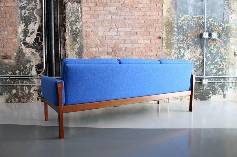 Original Sofa by Hans Wegner for Carl Hansen & Son 1960, Denmark In Good Condition For Sale In Chicago, IL