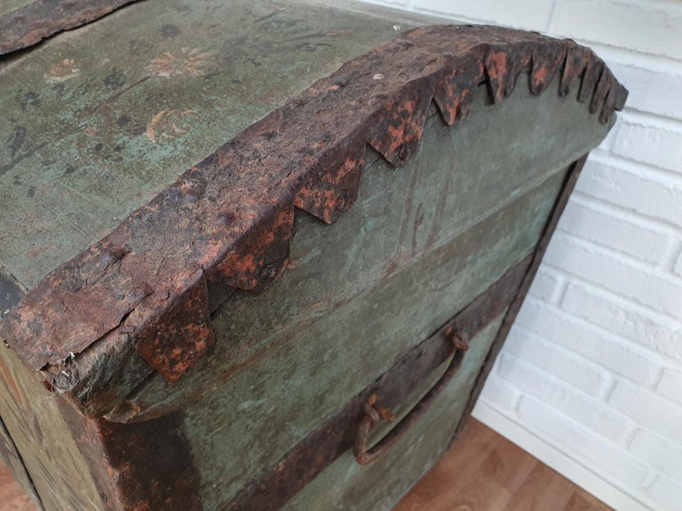 Original Swedish Wooden Chest from 1868, Oakwood, Copper Fittings For Sale 2