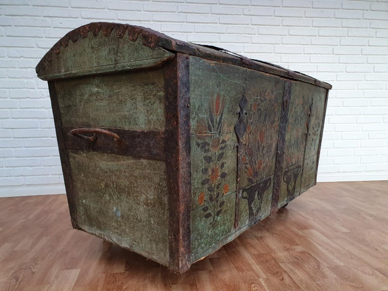 Original Swedish Wooden Chest from 1868, Oakwood, Copper Fittings For Sale 4