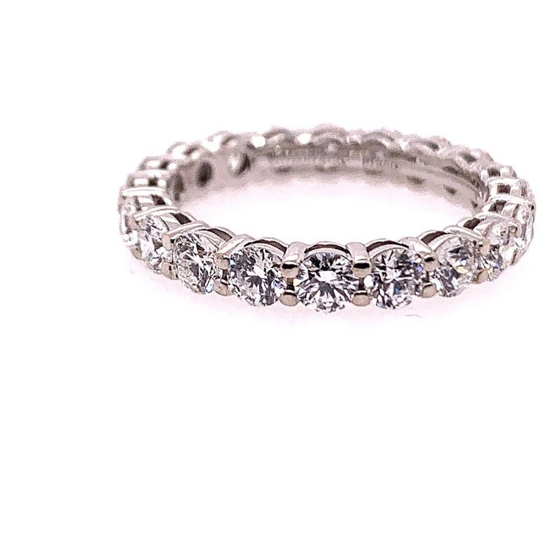 Original Tiffany & Co. Platinum 1.75 Carat D-E VVS Natural Diamond Eternity Band In Excellent Condition For Sale In Los Angeles, CA
