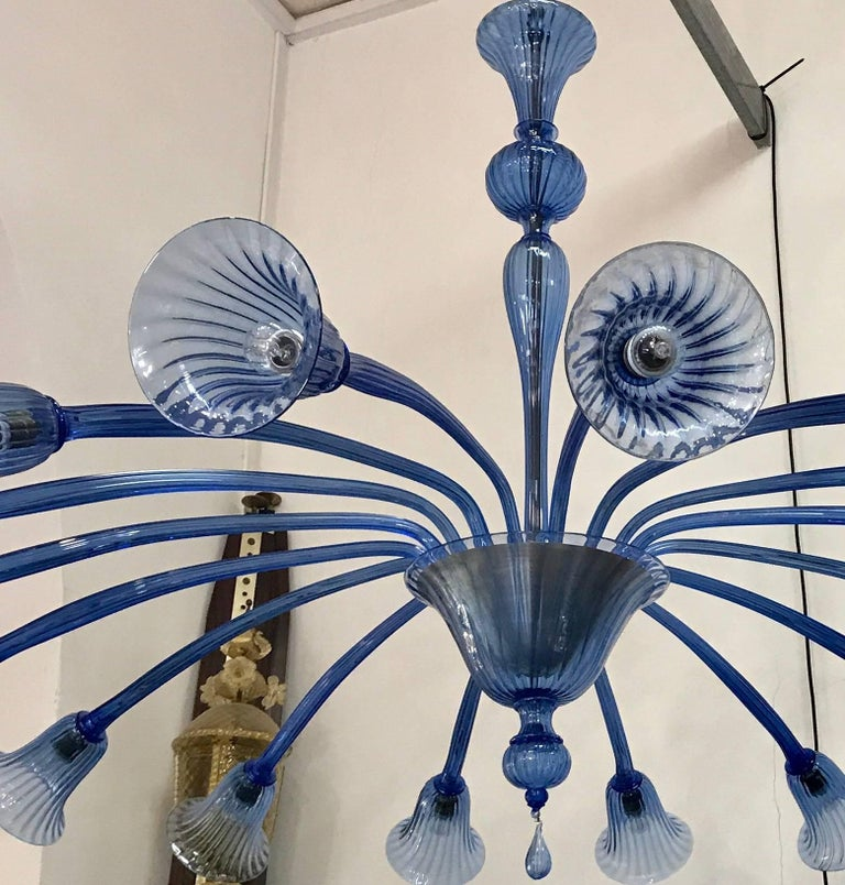 Original Venini Chandelier with Light Blue Blown Glass, 1920 In Excellent Condition For Sale In Rome, IT
