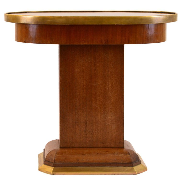 Original Viennese Oval Mahogany Coffee Table early 20th Century 1910  For Sale