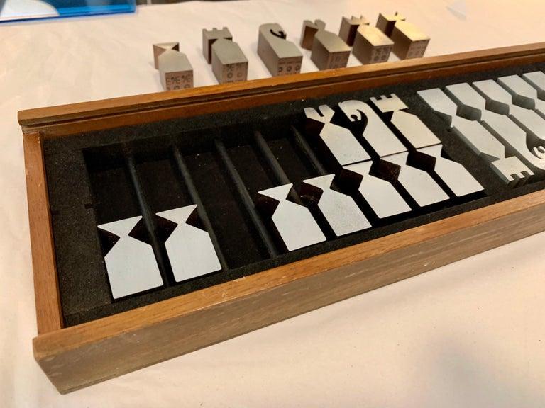 Original Vintage 1966 Austin Cox Chess Set For Sale 6