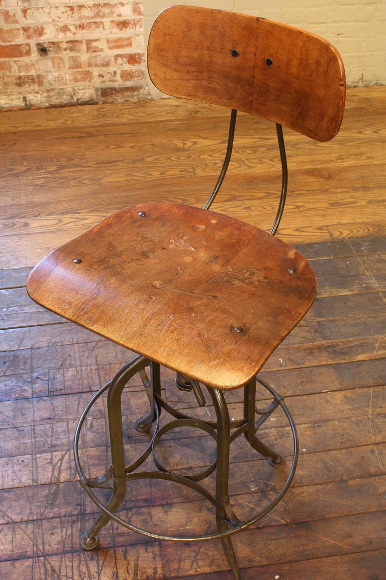 20th Century Original Vintage Adjustable Toledo Bar Stool Drafting Chair For Sale