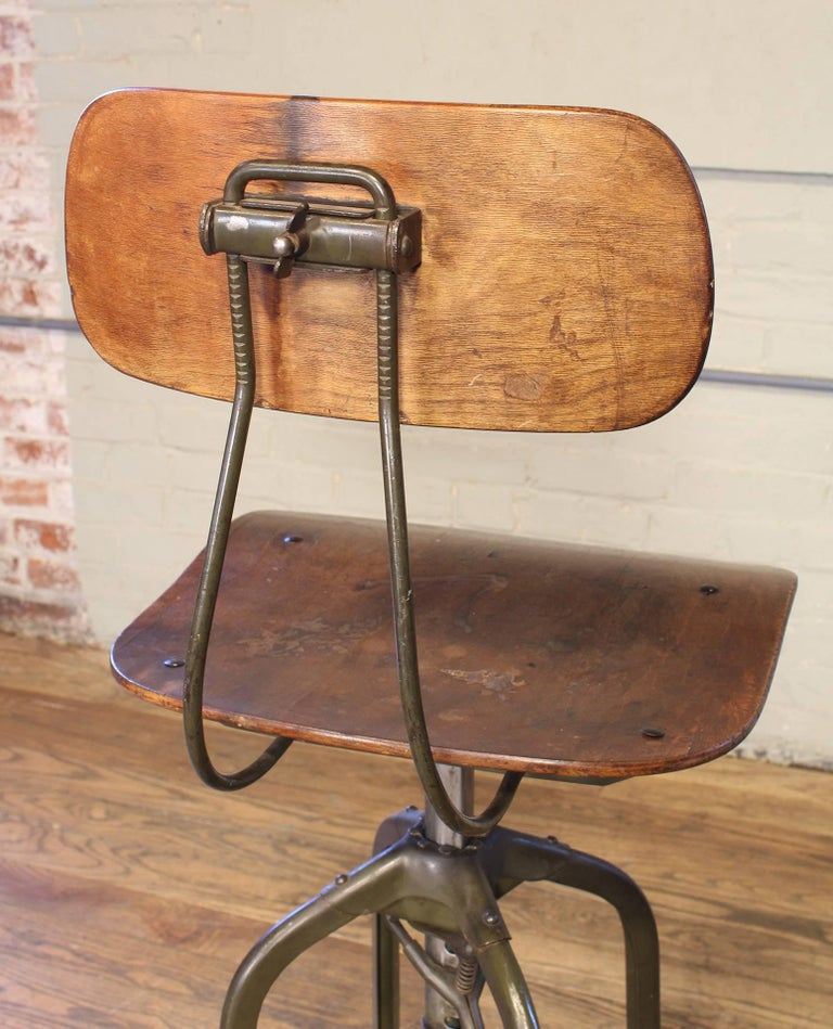 Original Vintage Adjustable Toledo Bar Stool Drafting Chair For Sale 2