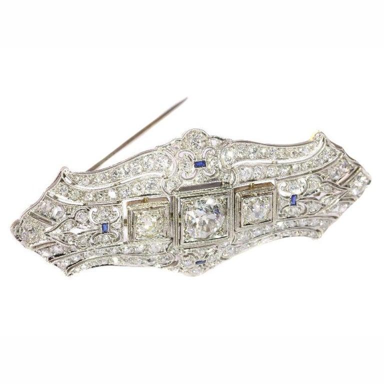 Original Vintage Art Deco +4 Carat Diamond Platinum Brooch, 1920s In Excellent Condition For Sale In Antwerp, BE