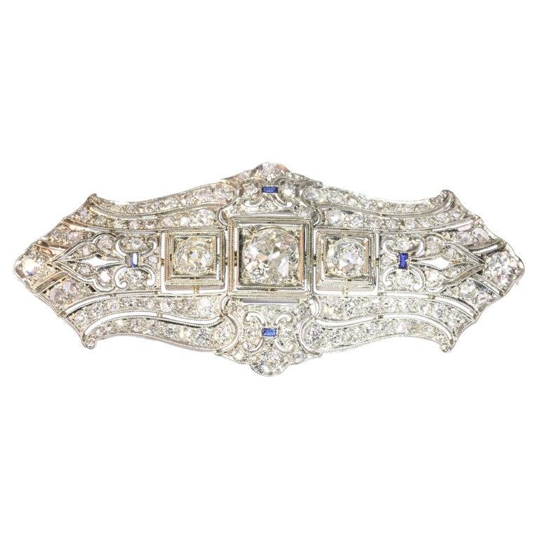 Original Vintage Art Deco +4 Carat Diamond Platinum Brooch, 1920s For Sale