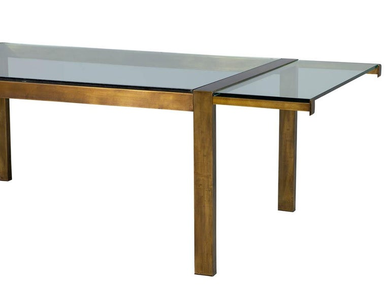 Original Vintage Mastercraft Aged Brass Dining Table In Good Condition For Sale In North York, ON