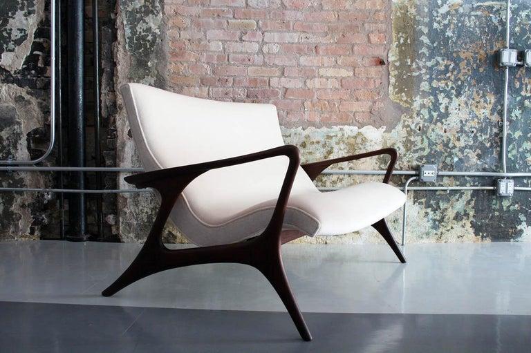 Original Vladimir Kagan 'Contour Sofa' in Sculpted Walnut and Mohair, 1970s For Sale 5