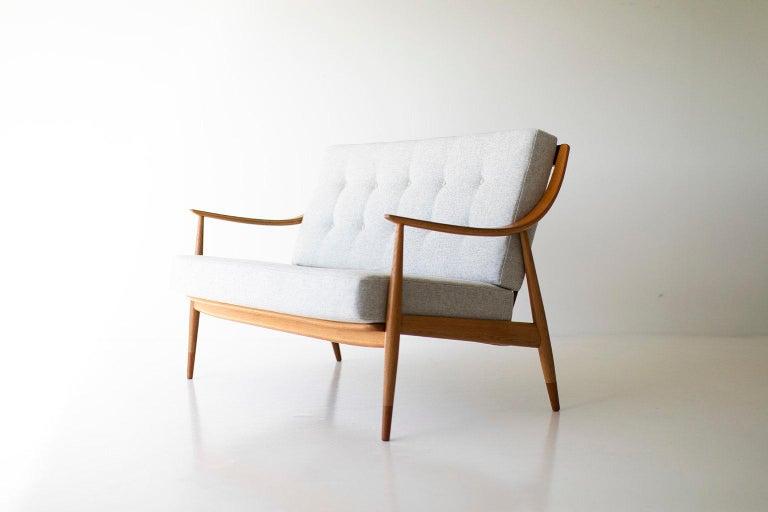 Orla Mølgaard-Nielsen & Peter Hvidt Settee for France & Daverkosen In Excellent Condition For Sale In Oak Harbor, OH