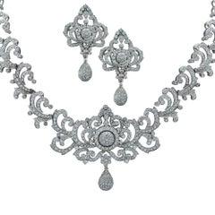 Ornate 10.83 Carat Diamond 18 Karat Gold Necklace and Earrings Set