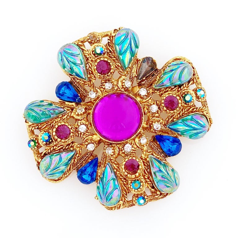 Modern Ornate Maltese Cross Brooch With Molded Glass & Rhinestones By Florenza, 1960s For Sale
