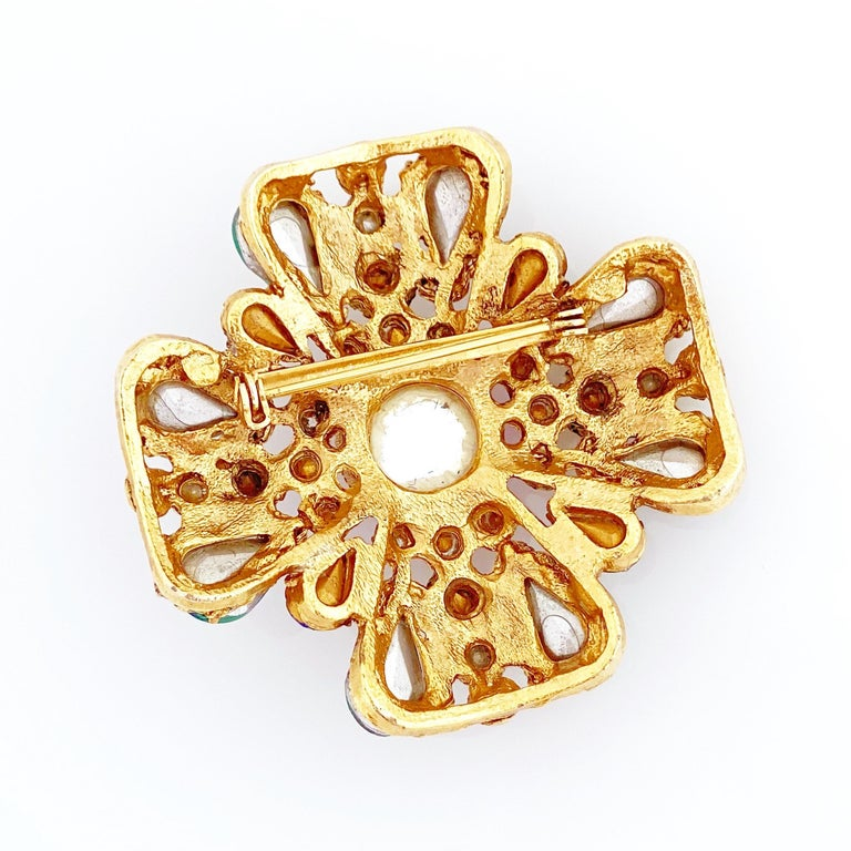 Ornate Maltese Cross Brooch With Molded Glass & Rhinestones By Florenza, 1960s For Sale 3