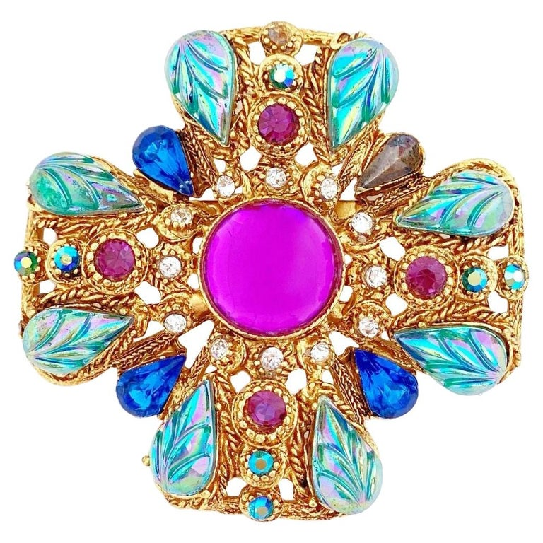 Ornate Maltese Cross Brooch With Molded Glass & Rhinestones By Florenza, 1960s For Sale