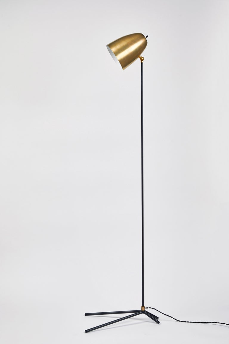 'ORO' Brass and Metal Floor Lamp In New Condition For Sale In Glendale, CA