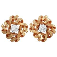 Oro Trend 18 Karat Rose Gold 0.14 Carat Diamond Flower Stud Earrings