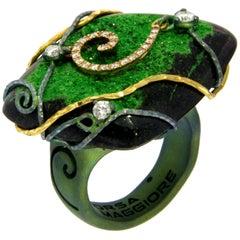 Orsa Maggiore Diamonds 18 Karat Gold Titanium Uvarovite Garnet Ring