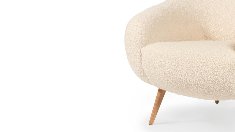 Mid-Century Modern Oscar Niemeyer Midcentury 1950s Inspired Bouclé Fabric Armchair For Sale