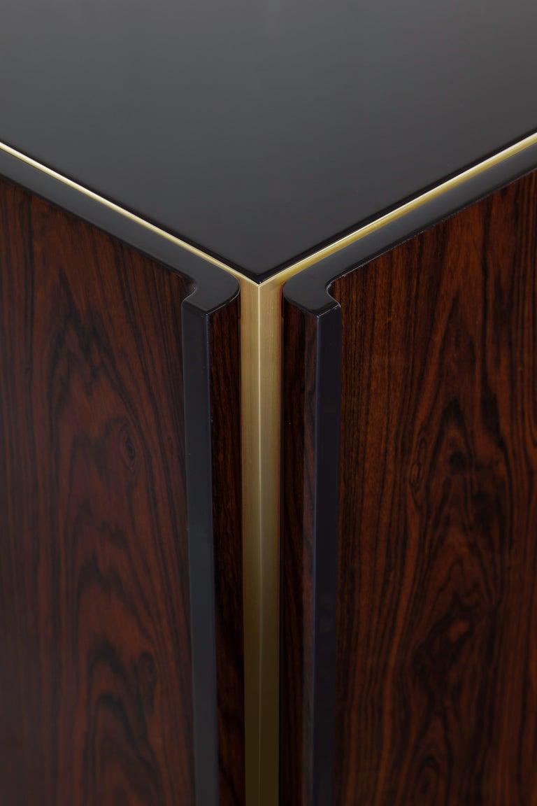 Modern Oscar Credenza Natural Wood Handmade Sophisticated Details 240 For Sale