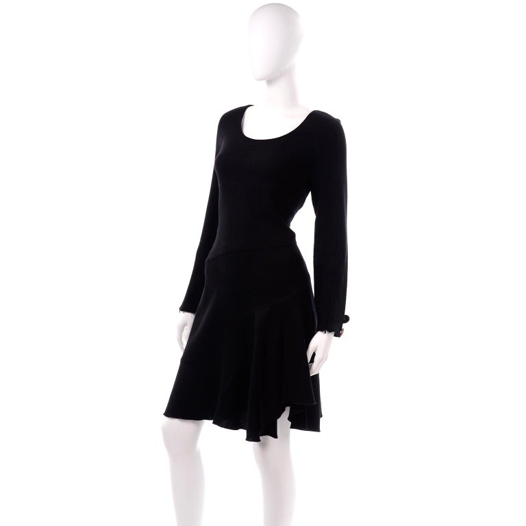 Oscar de la Renta Autumn Winter 2010 Black Wool Asymmetrical Runway Dress For Sale 5