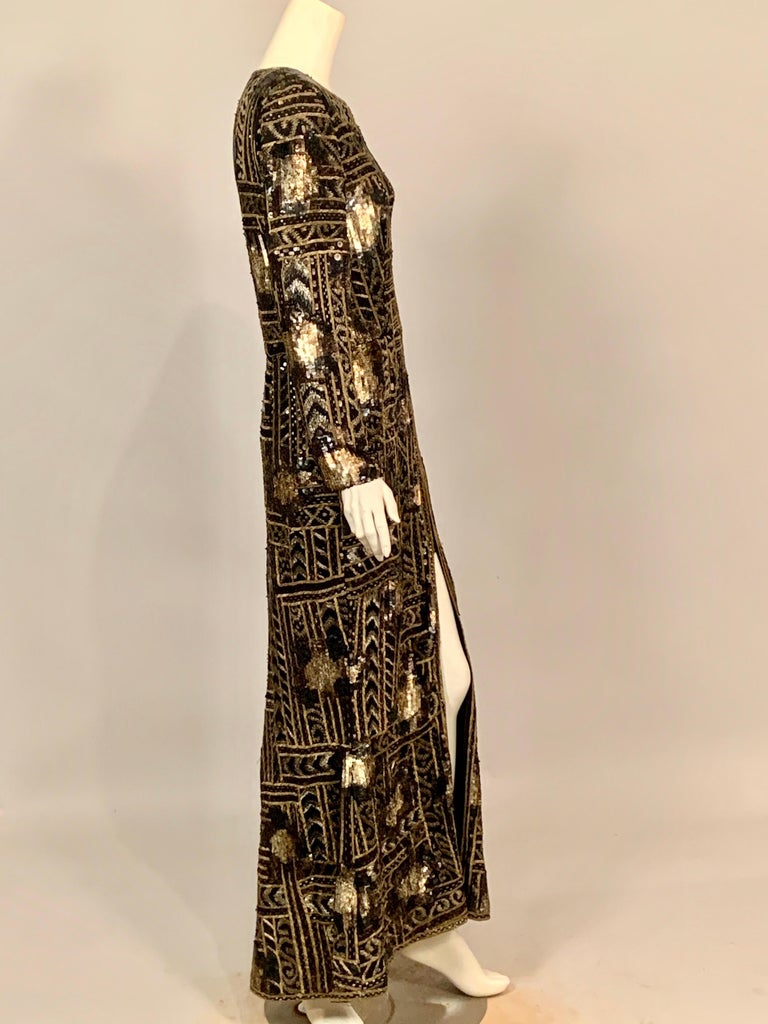 Oscar de la Renta Beaded and Embroidered Black Silk Evening Dress New with Tags For Sale 2