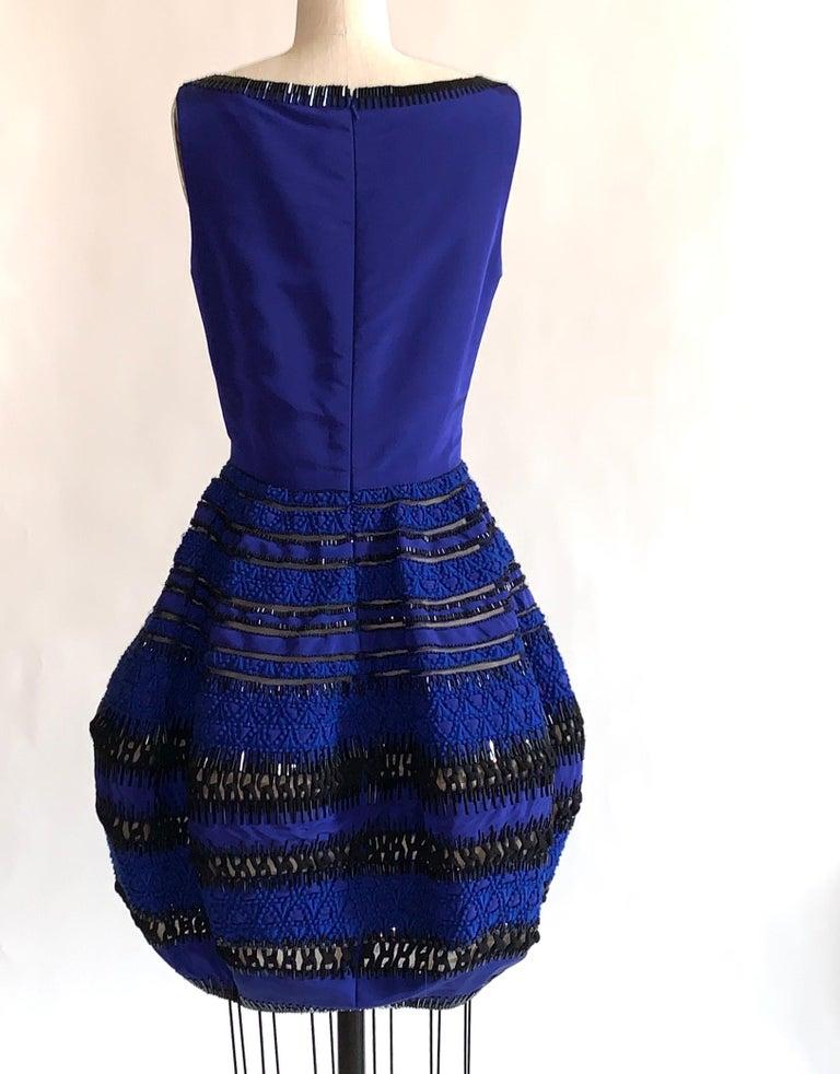 Oscar de la Renta Beaded Blue Silk Bubble Skirt Dress In Good Condition For Sale In San Francisco, CA