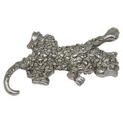 Oscar de la Renta Swarovski Crystal Leopard Brooch Pin, Silvertone
