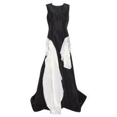 Oscar de la Renta Black Silk Faille Contrast Ruffled Trim Gown L