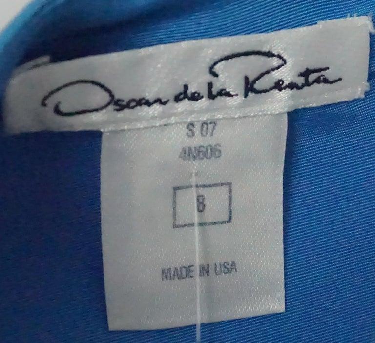 Women's Oscar De La Renta Blue W/ Ruffle Bottom Dress - 8 For Sale