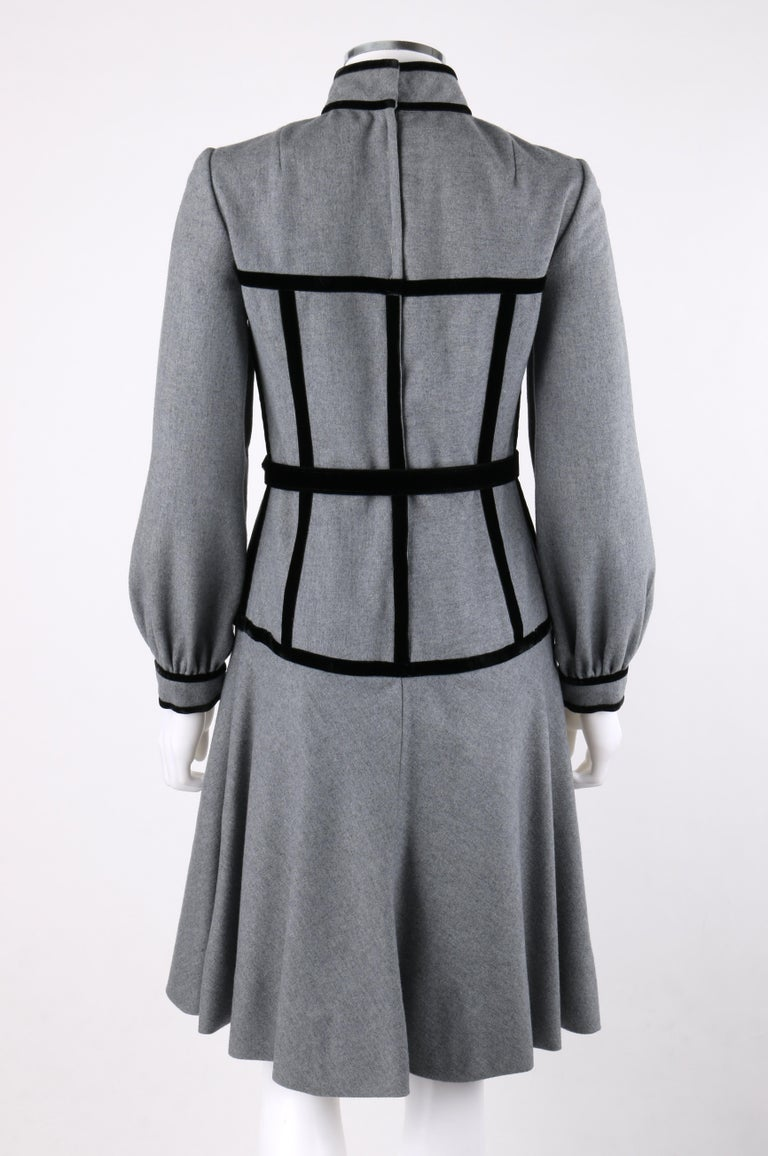 Women's OSCAR de la RENTA c.1970s Gray Velvet Corset Trim Black Belted Dress  For Sale