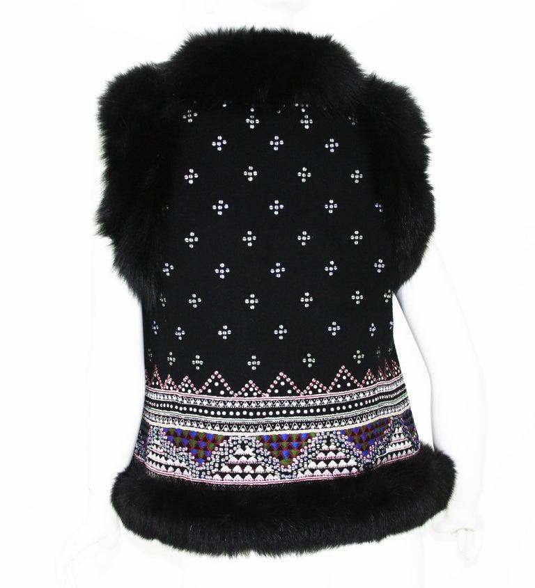 Black Oscar De La Renta Cashmere Sequin Embroidered Fox Fur Trim Vest Jacket US 6 For Sale